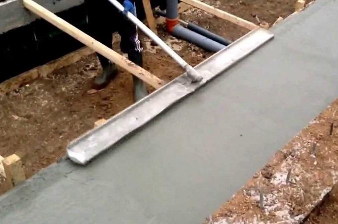 как сделать гладилку для бетона самому