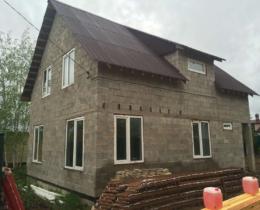 Дом из бетонных блоков — преимущества, особенности и способ постройки